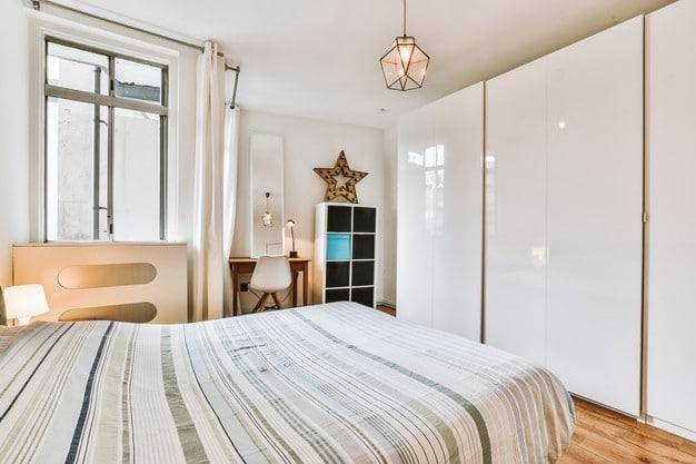 5 Μικρές αλλά αποδοτικές παρεμβάσεις για ένα πιο λειτουργικό υπνοδωμάτιο